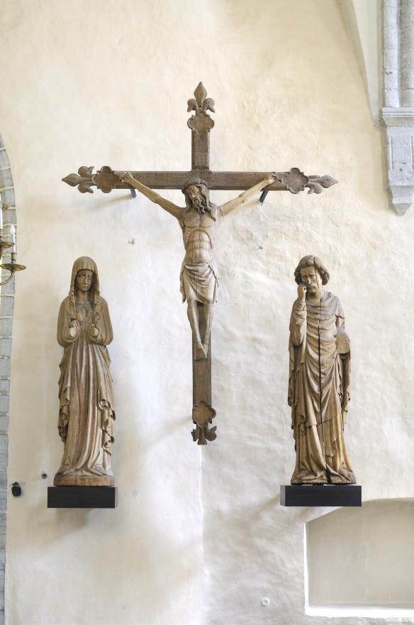 Kolgata grupp. Kristus ristil. 14. sajandi viimane veerand. Neitsi Maaja ja apostel Johannes. 1410–1430. Endine asukoht: Harju-Risti kirik